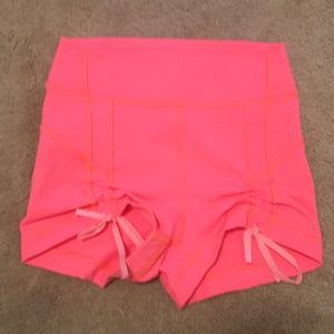 Lululemon size 4, short, cute and pink